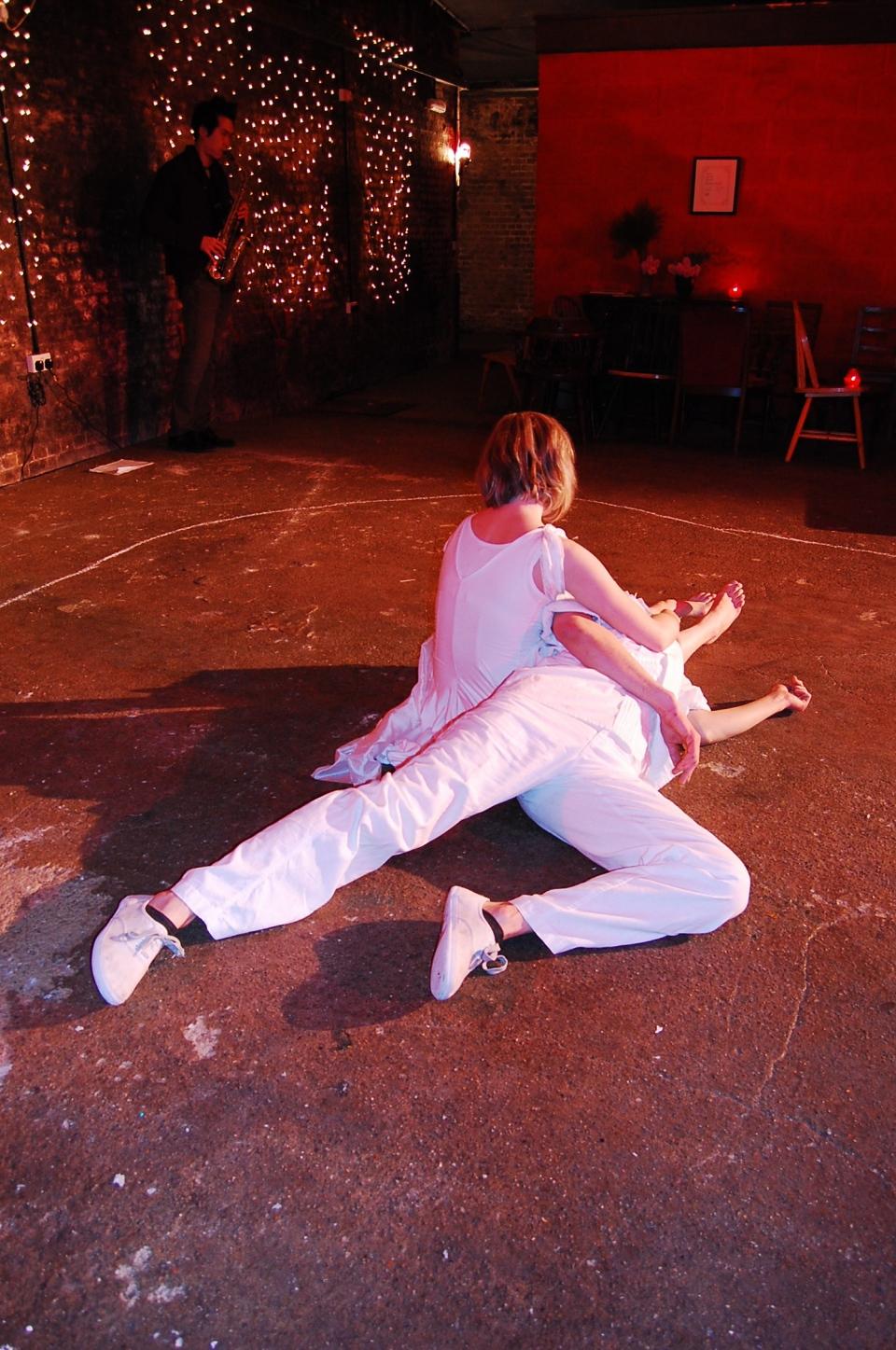 (c) 2009 Amy Poulsom